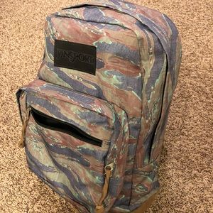 Camo JanSport Right Pack LS backpack